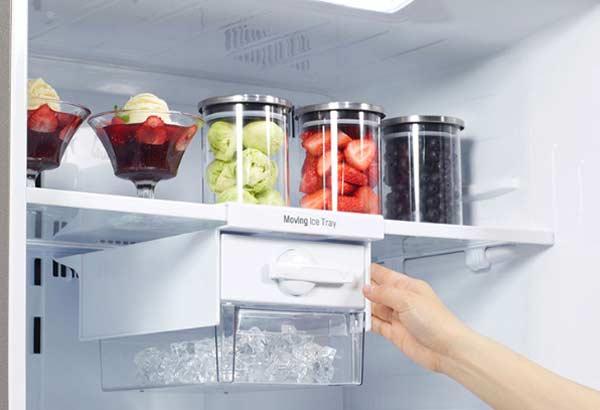 Tiện ích làm đá tự động trên tủ lạnh Side by Side
