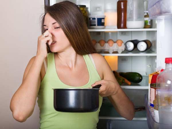 Lúc nào nên vứt bỏ đồ ăn bảo quản ra khỏi tủ lạnh?