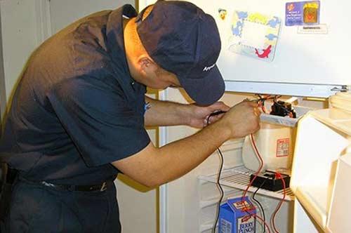 Những lỗi thường gặp trên tủ lạnh mini và cách khắc phục